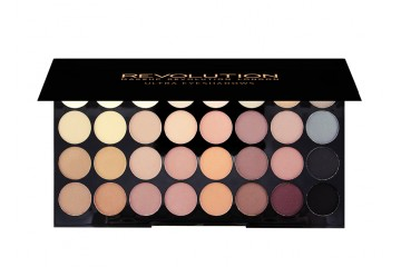 Flawless Matte палитра теней Makeup Revolution Ultra 32 Shade Eyeshadow Palette