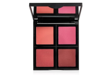 Палитра румян Dark e.l.f. Studio Blush Palette